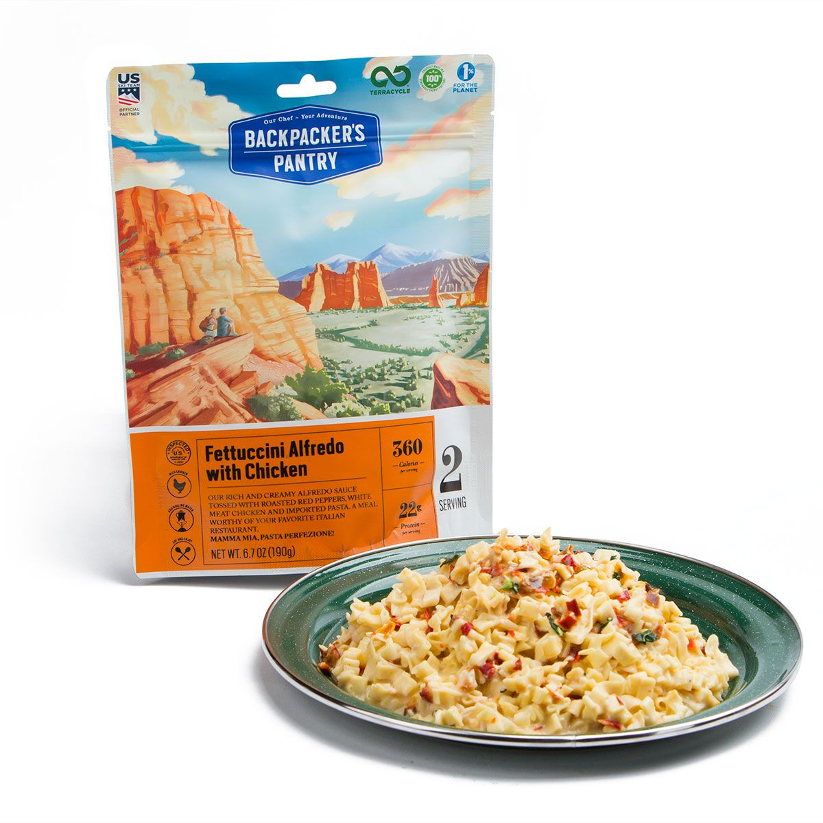 BP Fettuccine Alfredo with Chicken pouch and plate
