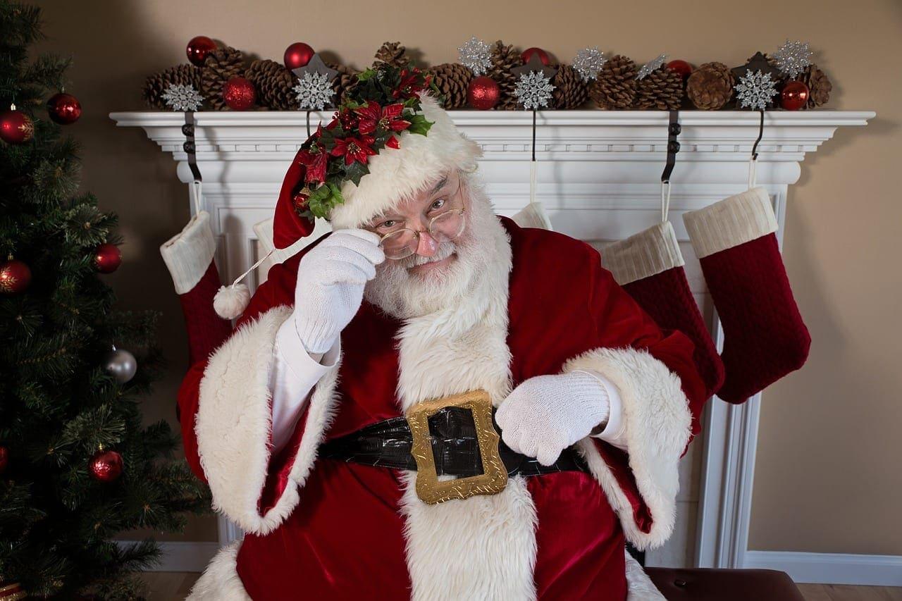 It's Santa!